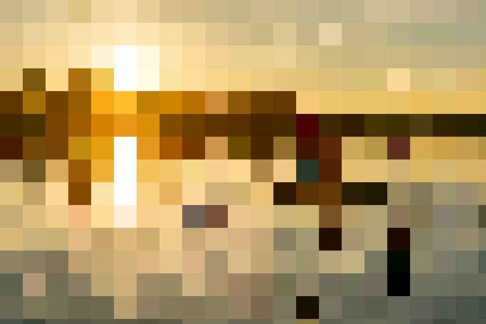 Auf dem Sempachersee dem Sonnenuntergang auf einem SUP entgegen paddeln.