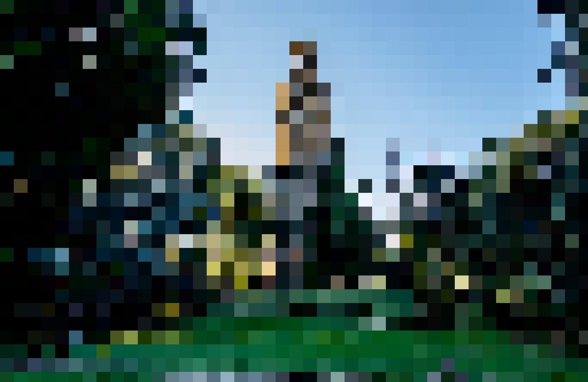 La ville est aussi riche en espaces verts, comme le Giardino Torrigiani.