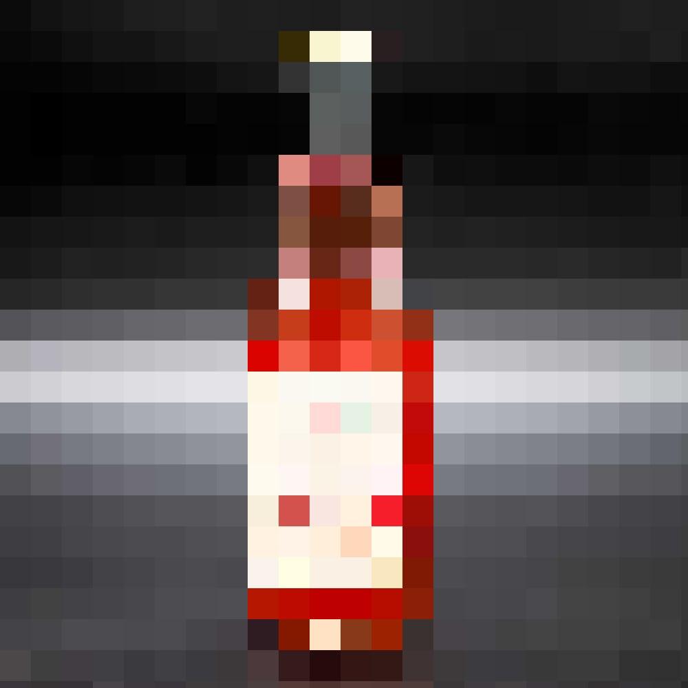 Das leuchtend rote Tom's Tonic Water aus Bern besitzt die belebende Schärfe von Ingwer und Pfeffer.