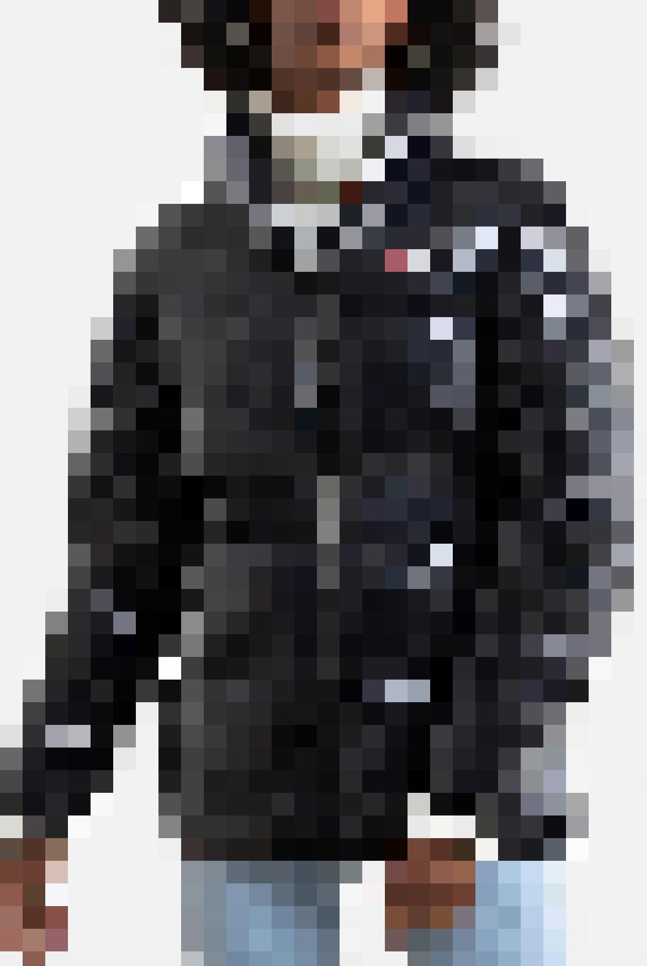 Doudoune noire avec ceinture Fila, 175 fr.
