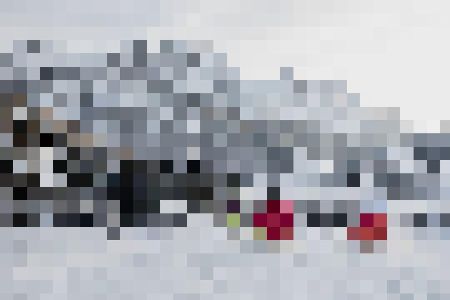 Wer nicht auf die Piste möchte, kann auch schlitteln: Schlittler auf der Wispile, Gstaad