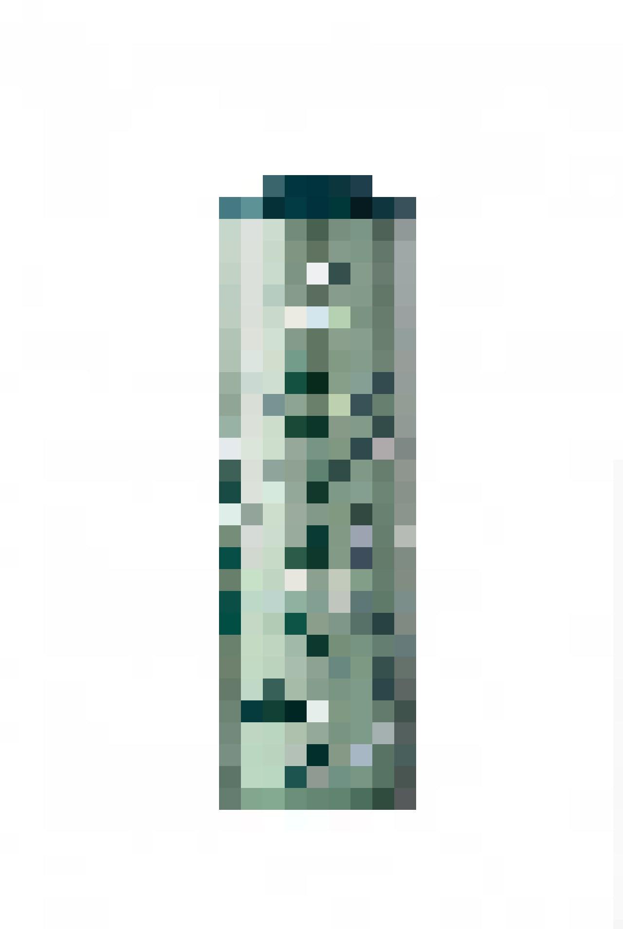 La sirène figure aussi sur la collection de tasses et thermos créés à l'occasion de cet anniversaire exceptionnel.