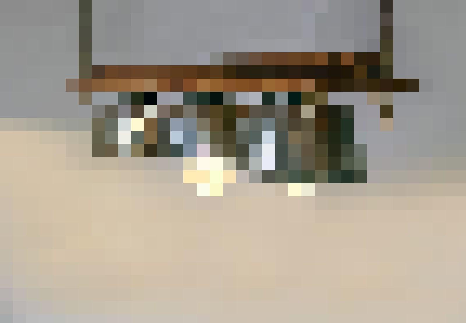 Lass dich inspirieren: Lampen aus alten Küchenutensilien.