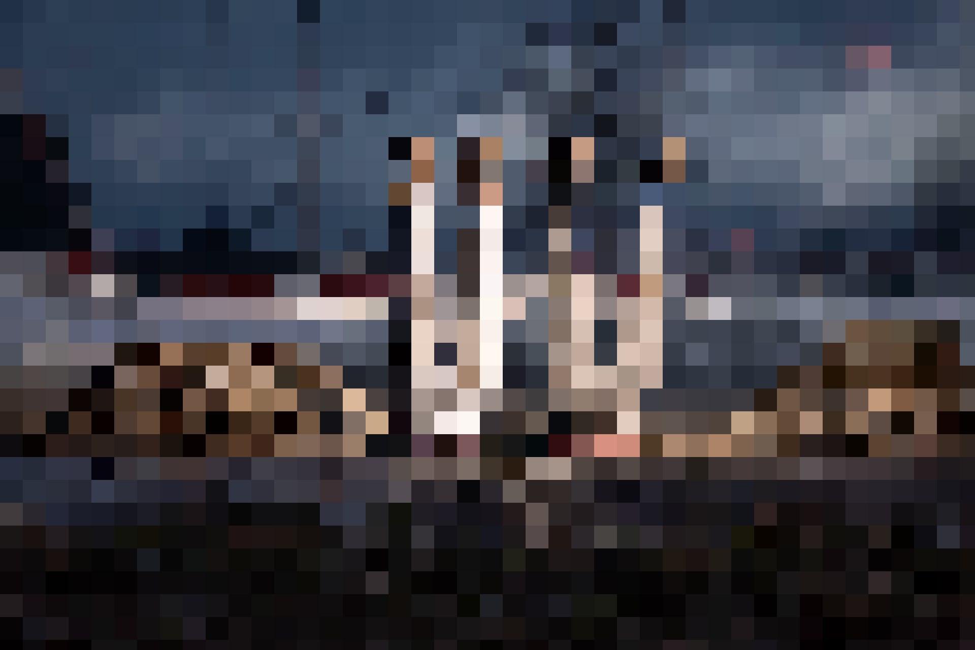Riklins tauchen in den Boden, Kunst ist unter uns, 2021, Courtesy Fondation Riklin