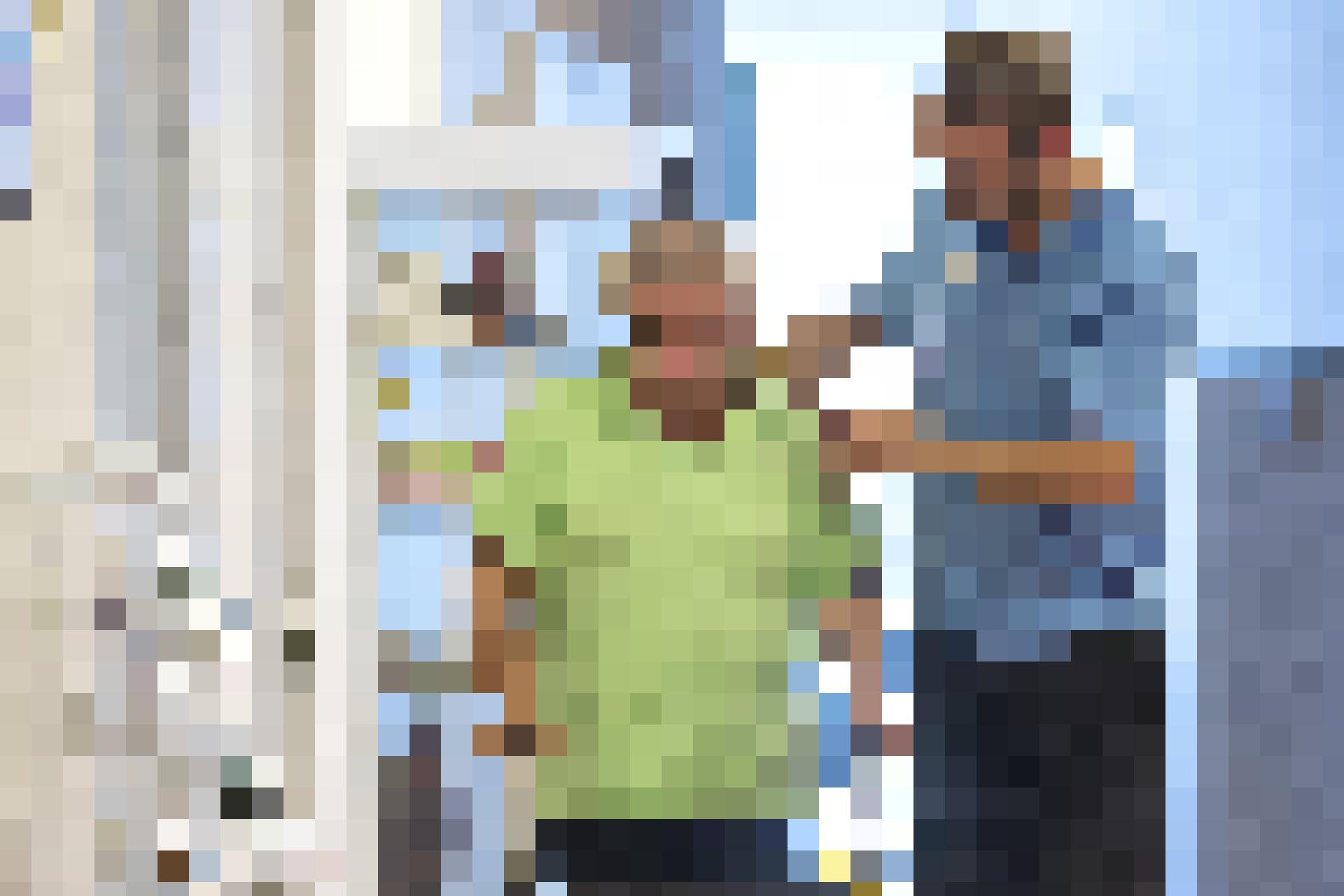 Die Kampagne «Karriere machen als Mensch» hat zum Ziel, dem drohenden Fachmangel an Pflegekräften entgegenzuwirken.