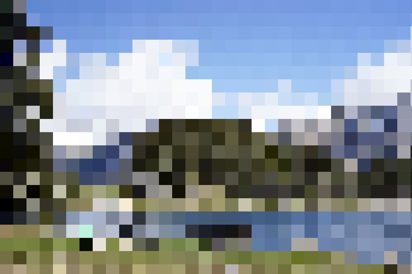 Am See gibt es einige Grillstellen und Rastplätze, die einladen, das tolle Bergpanorama zu geniessen.