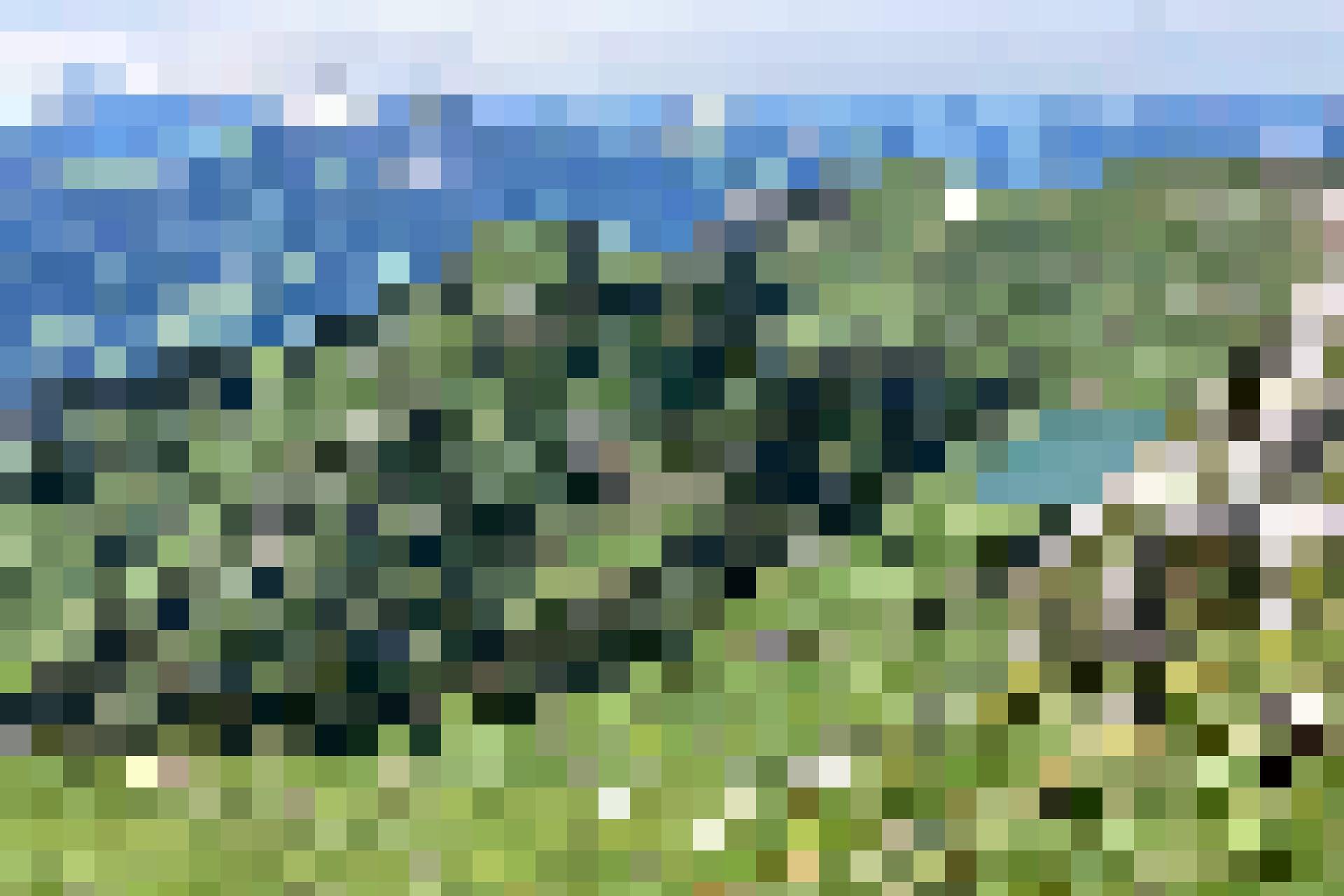 Blick zum Oberstockensee und zur Oberstockenalp, im Hintergrund das Simmental