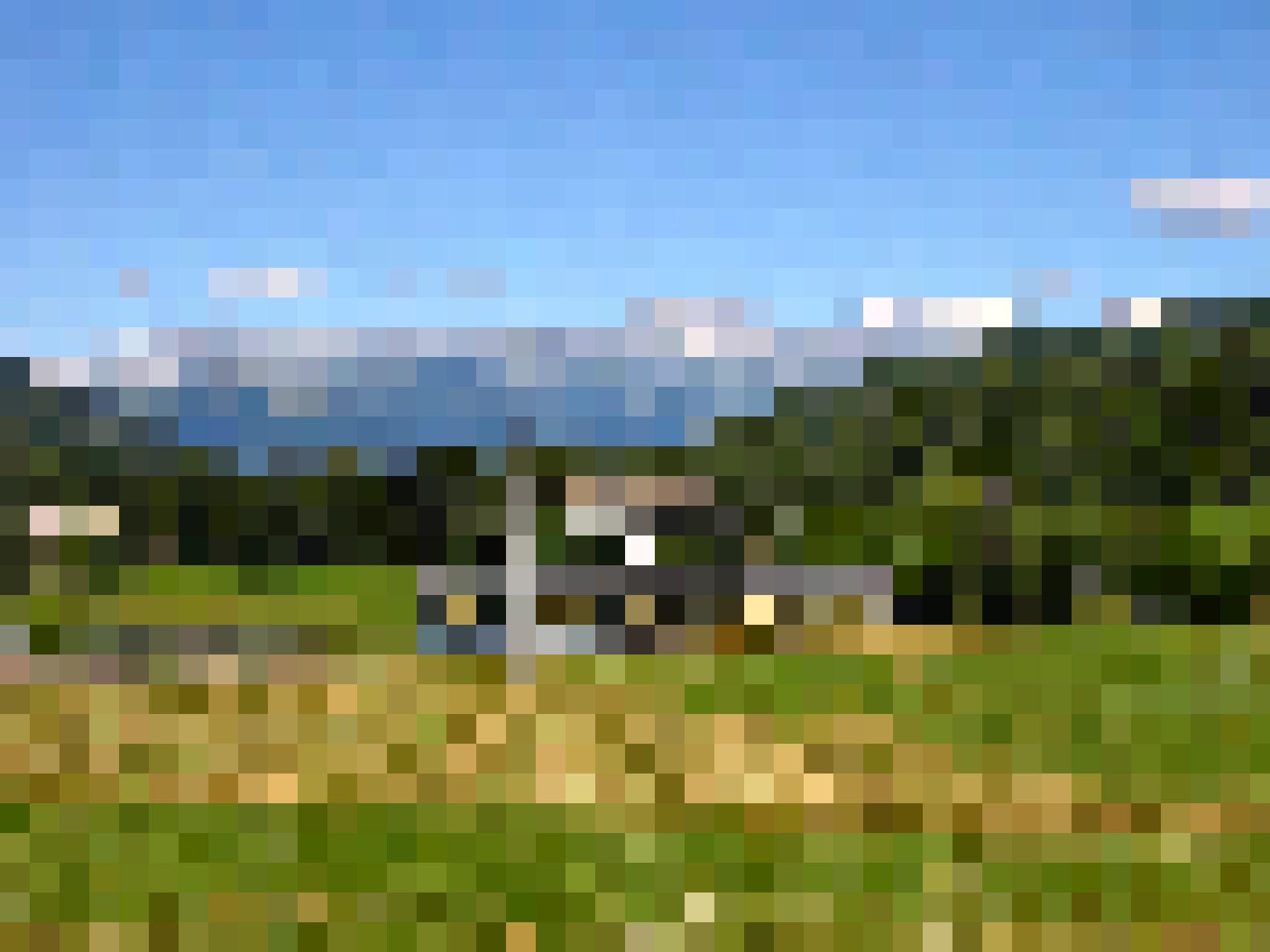 Das Vigezzotal ist voller pittoresker Weiler: alte Bahnwagen.