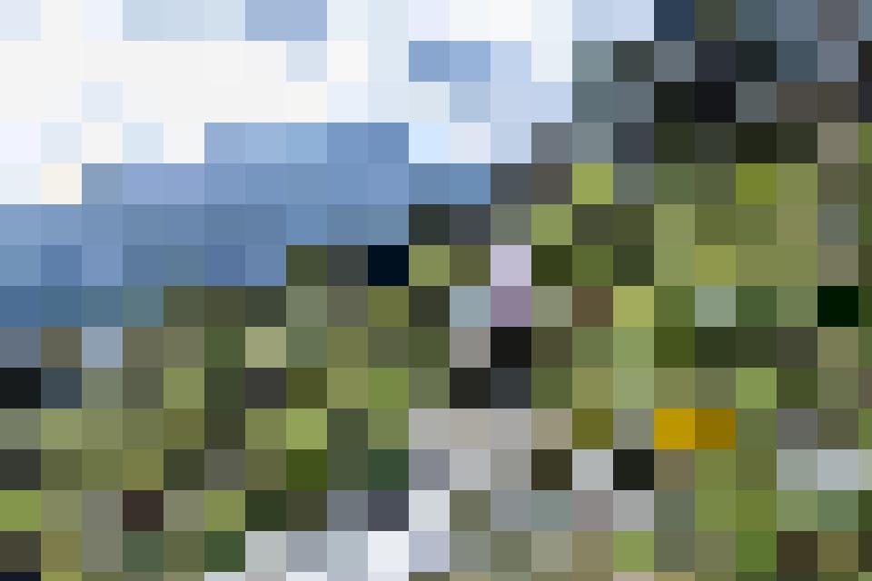 Frische Luft und imposante Felsen: Hier spürst du die Kraft der Berge.
